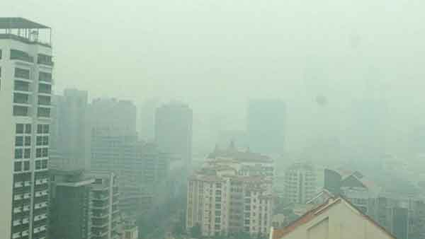 Haze hits unhealthy level in Singapore Talk Cock Sing Song