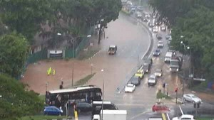Flash Floods at Several Areas in Singapore Talk Cock Sing Song