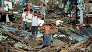 Helicopters Dropped Emergency Supplies to Remote Philippine Typhoon Survivors Talk Cock Sing Song