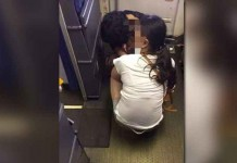 Parents Let Child Shit in Cabin of Guangzhou Bound Plane Talk Cock Sing Song
