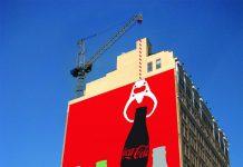 Coca-Cola Creative Claw Machine Ad Talk Cock Sing Song