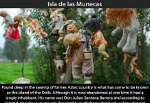 Creepy Places on Earth - Isla de las Munecas Talk Cock Sing Song 08